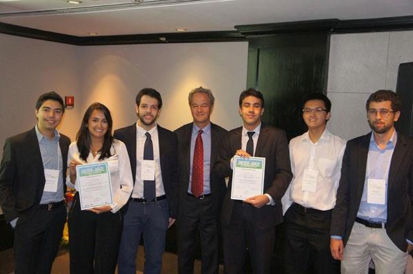 Eu, os outros finalistas e o Embaixador da Suécia no Brasil